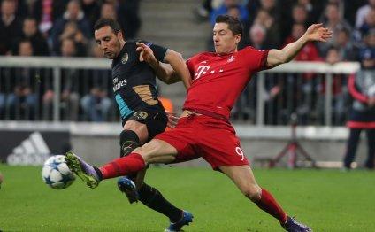 Bayern Munich crush Arsenal